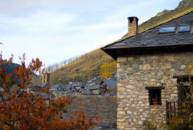 Ca de corral turisme rural a lombra de sant climent de ta ll - Casa rural vall de boi ...